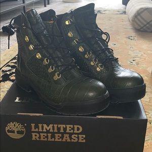 Amazing hunter green limited ed. men's field boot